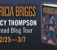 Review (+ a Giveaway): Blood Bound by Patrica Briggs