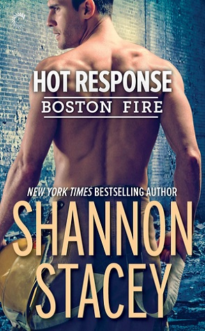 Sunday Spotlight: Hot Response by Shannon Stacey